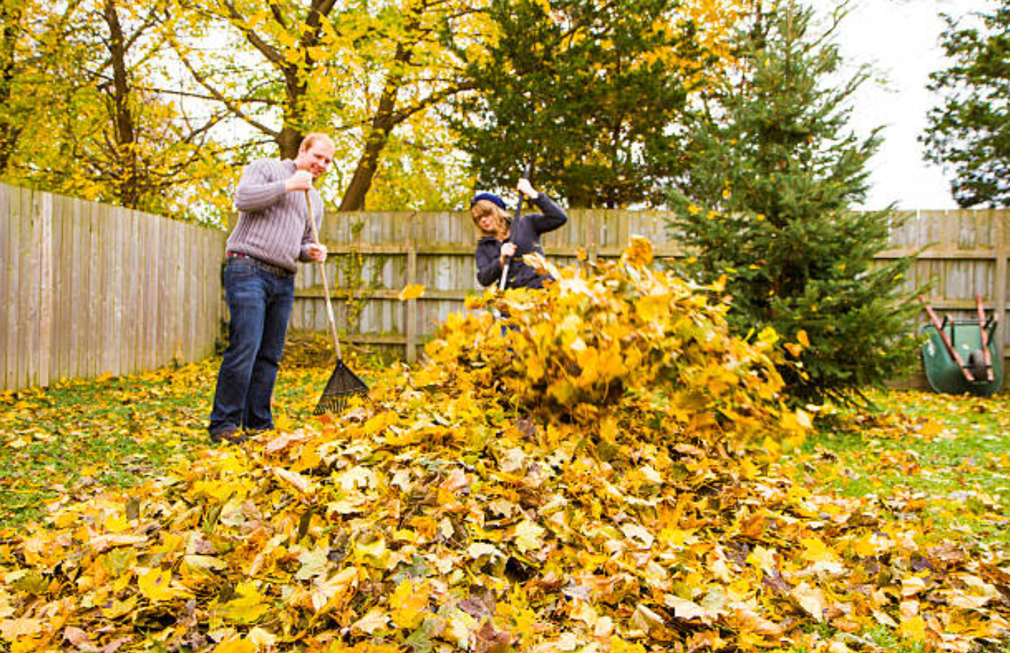 10 Ways to Attract Autumn Home Buyers